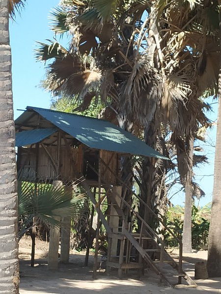 Treehouse2 AtlanticView & Sound at Unspoiled beach South Gambia, holiday rental in Kartong