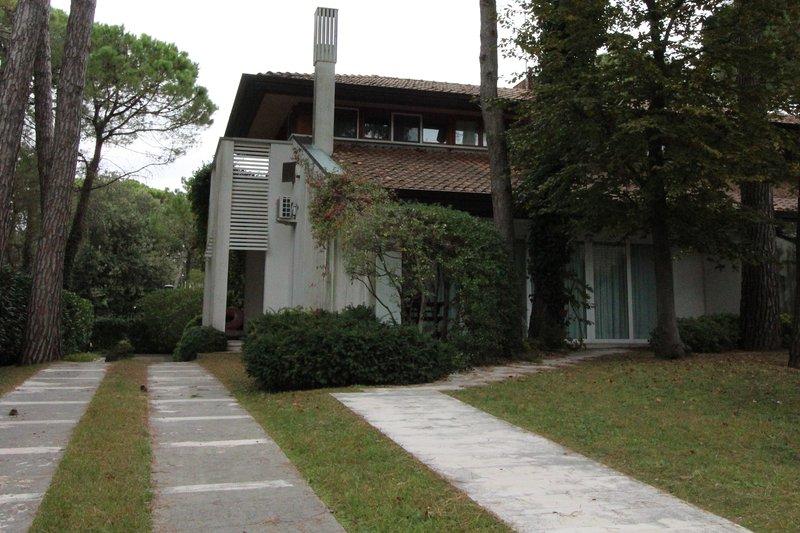 Villa Bach Type E, holiday rental in Lignano Riviera