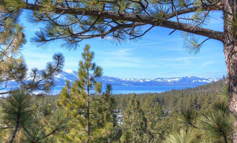 Holly's Hideaway - lvc0635 Lake Tahoe view