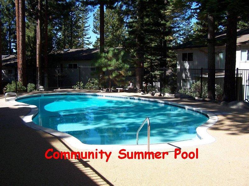 Sugar PIne - piscine communautaire msc0920