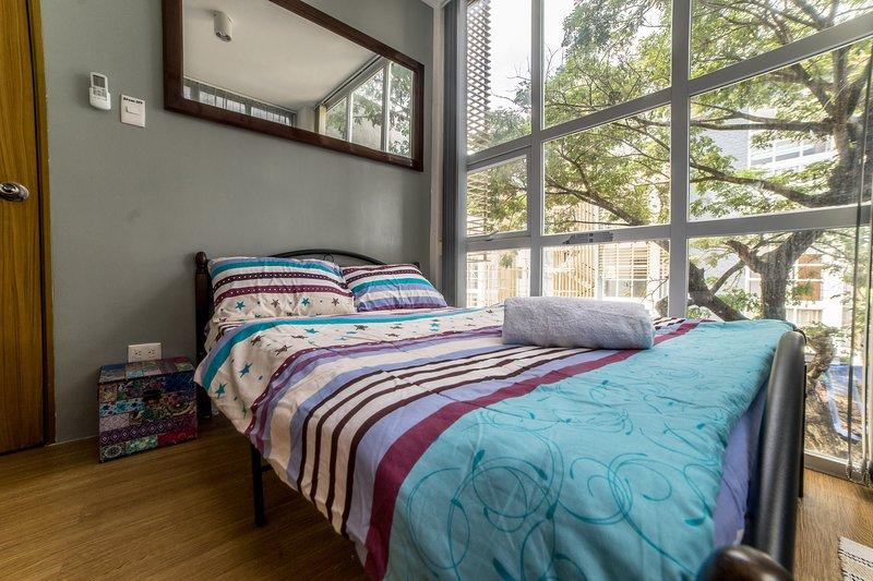 ENTIRE 2 BEDROOM CONDO UNIT NEAR BEACH RESORTS IN MACTAN, location de vacances à Cordova
