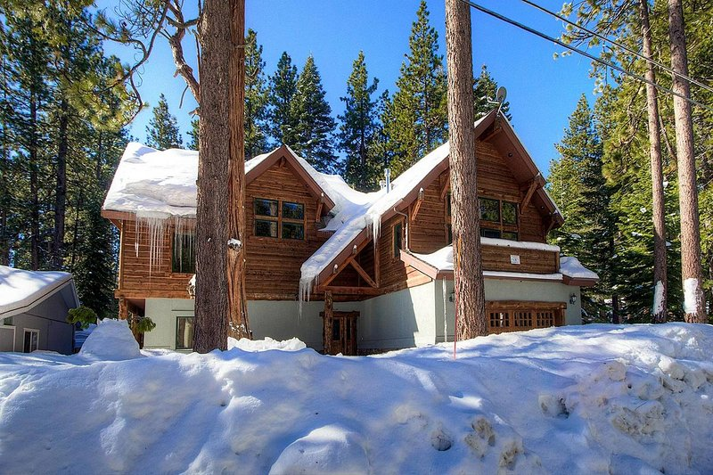 Gardner Mtn Gathering Place - cyh1016 lake tahoe vacation rental