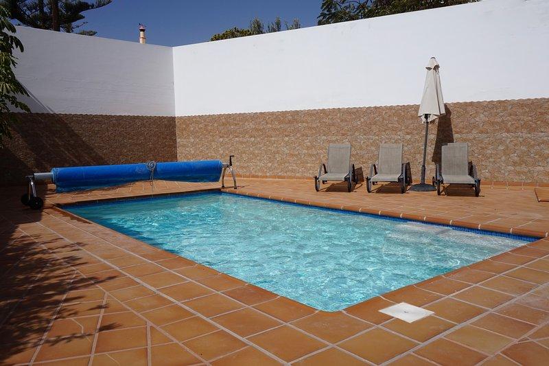 7x4m heated pool