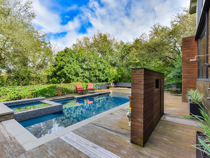 THE ABOVE CHAPARRAL ESTATE AUSTIN, holiday rental in West Lake Hills