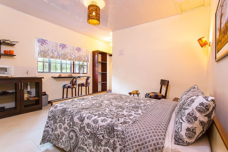 Muthoki Country Lodge - Studio 1, holiday rental in Eastern Province