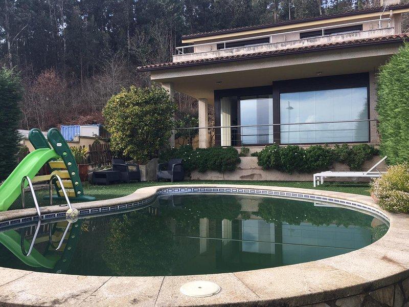 Amazing villa with swimming-pool, aluguéis de temporada em Meano