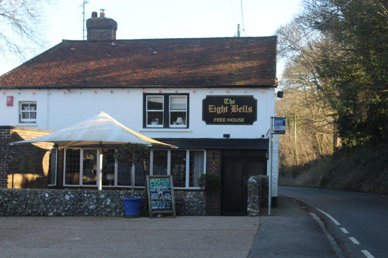 Partez en excursion aux manysussex Villages Les Huit Bells de Jevington sont l'un des meilleurs pubs!