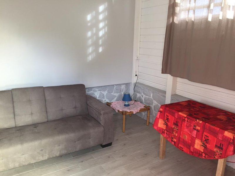 Nice studio with terrace, holiday rental in Vieux-Fort