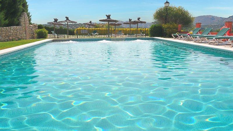 Group holidays, Cortijo La Presa - whole property, holiday rental in Rute