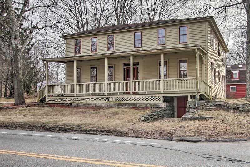 Questa affascinante casa del Connecticut si trova vicino ai principali casinò!