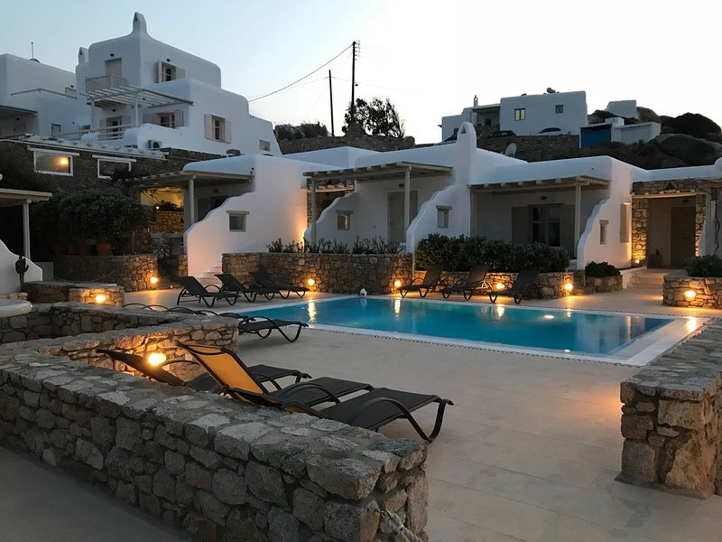 Villa Allegre Mykonianvilla, holiday rental in Ornos