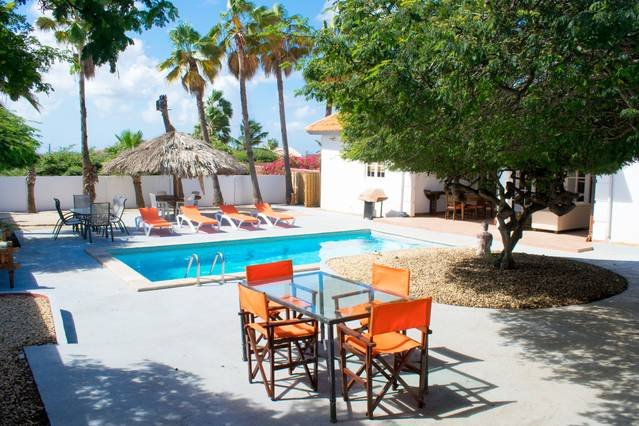 Fantastic pool area with plenty of seats for your convenience