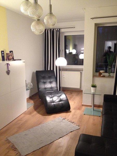 Apartment LE CINEMA- 1,7 km zum Zentrum im Grünen, location de vacances à Hombourg-Haut