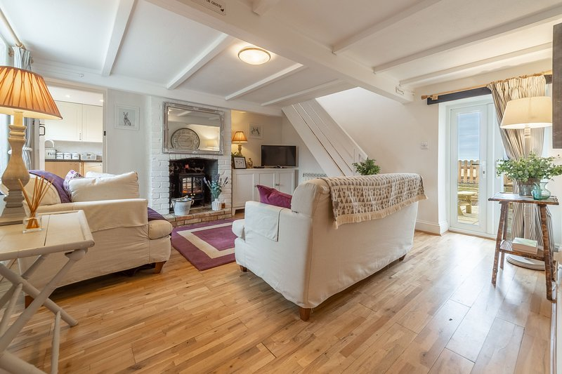 First &  Last, holiday rental in Gimingham