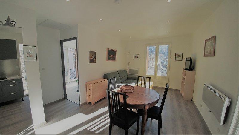 Beaurivage 7 H appartement 50 m2 au centre d'Ax les Thermes, location de vacances à Ax-les-Thermes