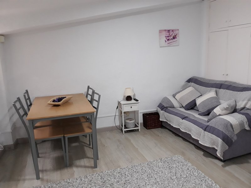 Apartamento Cucafer, holiday rental in Els Pallaresos