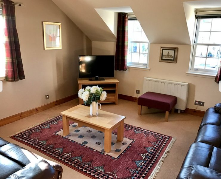 The Townhouse, vacation rental in Tain