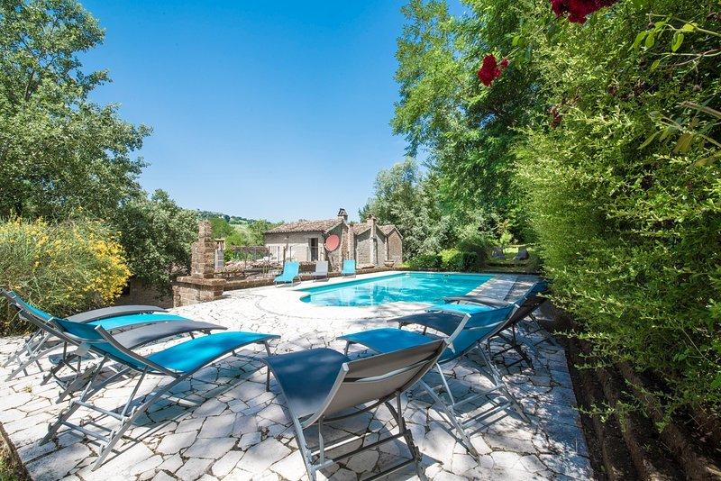 Villa con Piscina Esclusiva nel Cuore del Parco Nazionale dei Sibillini., Ferienwohnung in Penna San Giovanni