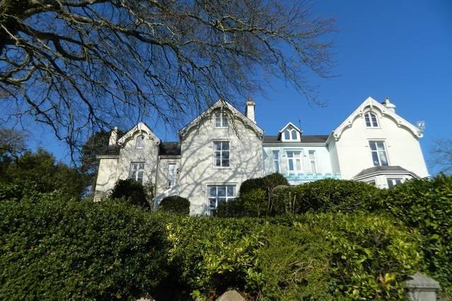 Period Charm with Stunning Views, casa vacanza a Liverton