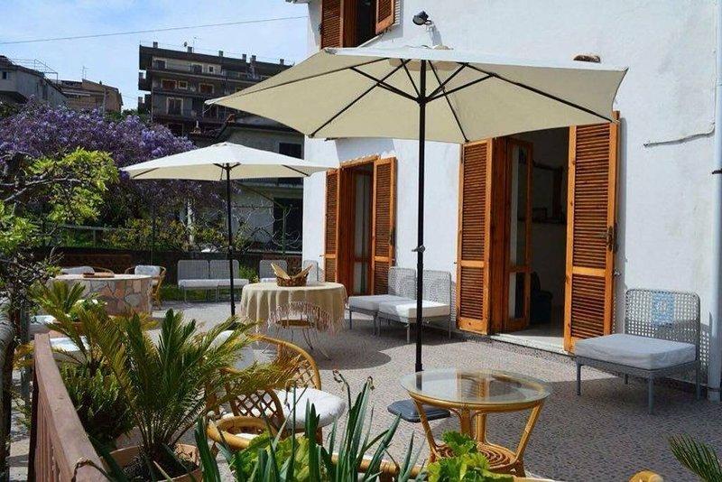 Big house near the beach & terrace, vacation rental in San Nicola Arcella