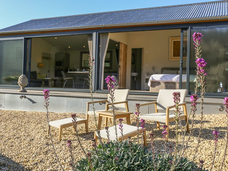 PEGLARS BARN, perfect for couples, Slad, location de vacances à Stroud District