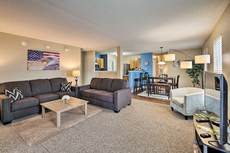 Lafayette House - 7 Mi. to Purdue & Downtown!, holiday rental in West Lafayette