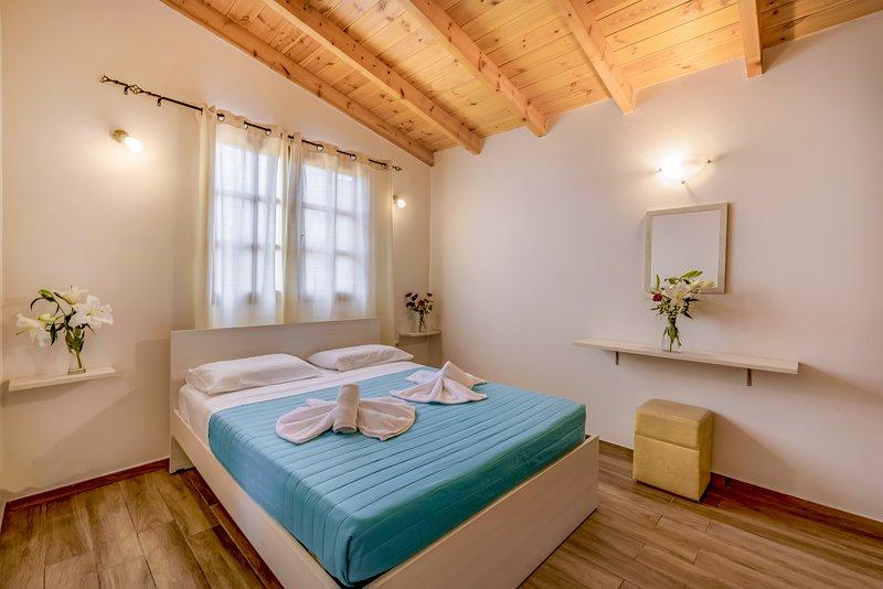 Athousakis Village - Bungalow, holiday rental in Perivolia