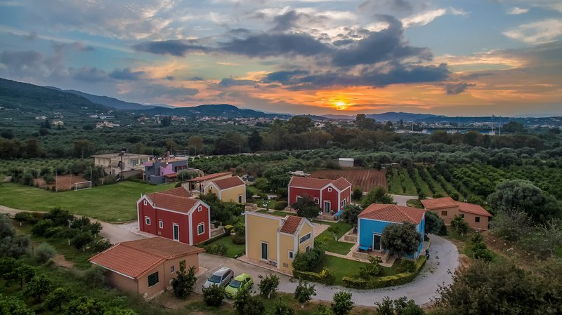 Athousakis Village - Maisonette house 5, holiday rental in Perivolia