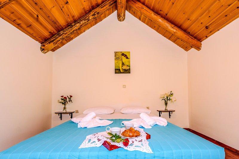 Athousakis Village - Maisonette  house  2, holiday rental in Perivolia