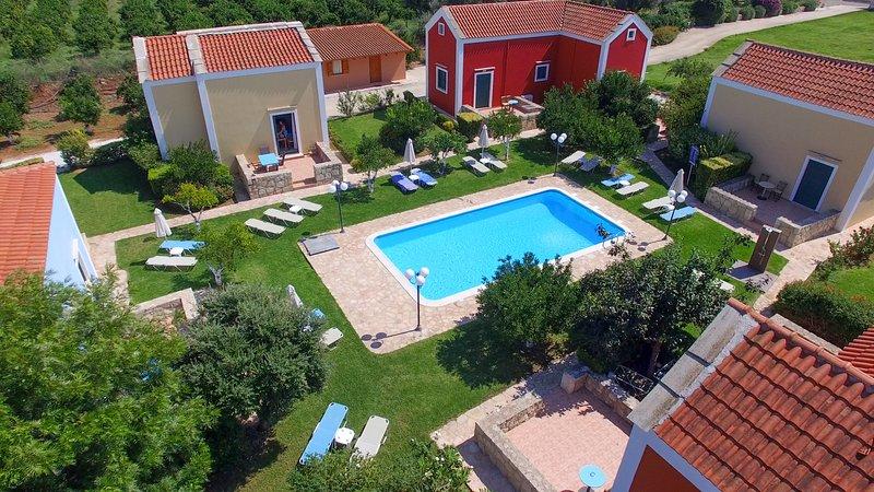 Athousakis VIllage No3, holiday rental in Perivolia