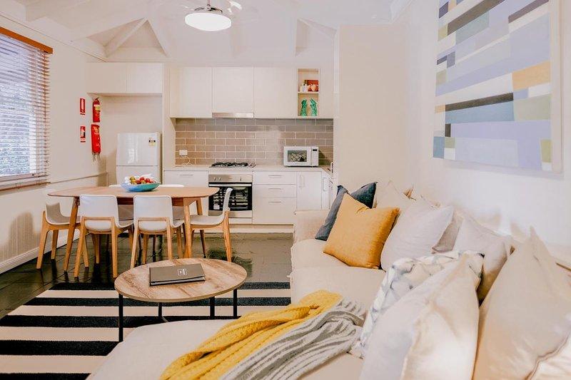 Hunter Valley Accommodation - Casuarina Estate - Casa del Vinedo - all