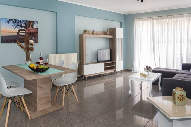[NEW] Modern downtown apartment, 5min from beach, location de vacances à Siteia