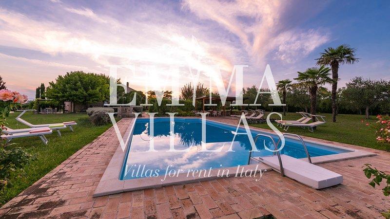 Casa di Giacinta 12+3 sleeps, Emma Villas Exclusive, location de vacances à Corinaldo