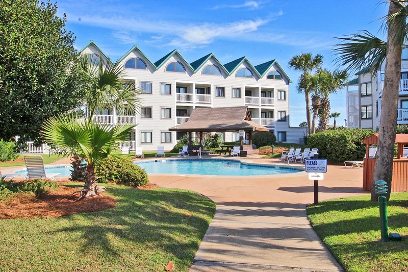 Gulf Shores Plantation 1133-Sit on Your Balcony and Let Your Worries Wash Away, vacation rental in Fort Morgan
