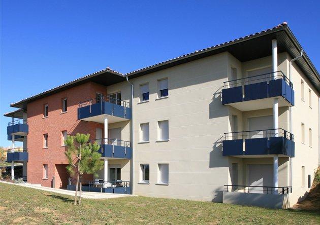 Amazing apartment with balcony, location de vacances à Calmont