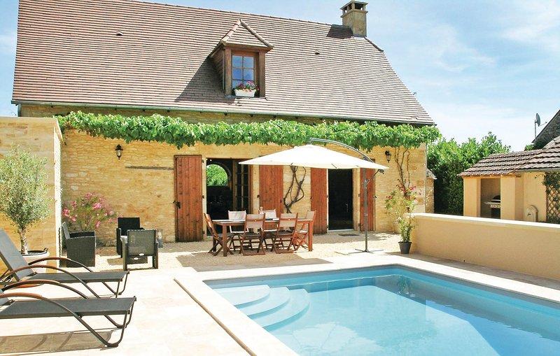 Wonderschoon vakantiehuis uit de 18e eeuw (FAD287), holiday rental in La Cassagne