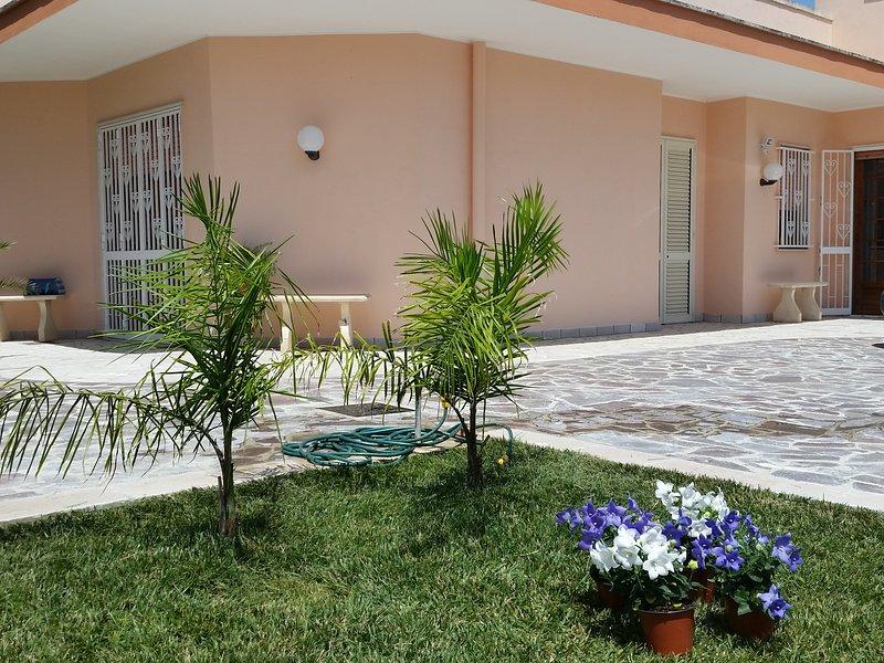 Villa Elgiada B&B, holiday rental in San Cataldo