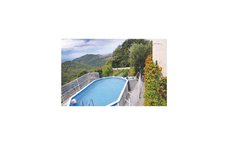 Nice home in Coggia with Outdoor swimming pool and 2 Bedrooms (FKO126), alquiler vacacional en Sagone