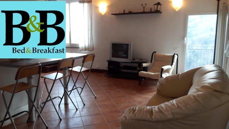 La CASA del SOLE nel VERDE, holiday rental in Gameragna