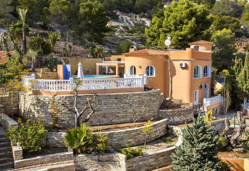 Villa Bellavista - Villa with pool and panoramic sea views in Calpe, holiday rental in Calpe