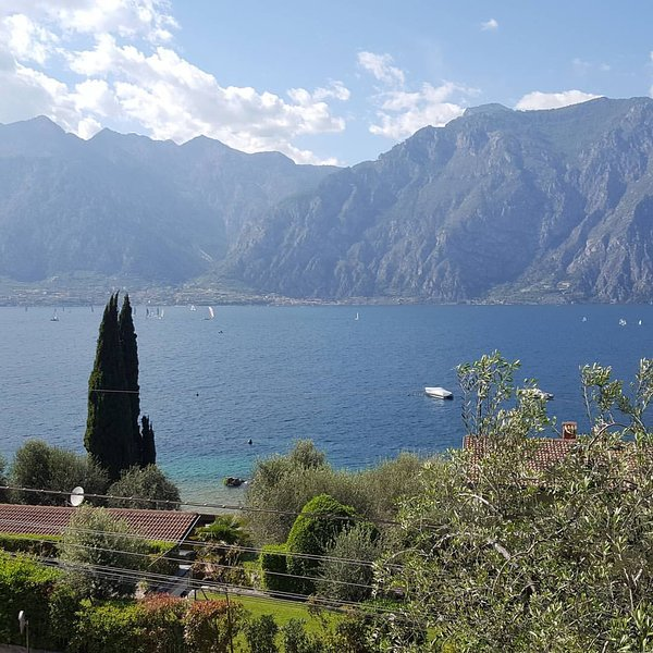 The Sisters' House Lake Garda, holiday rental in Limone sul Garda