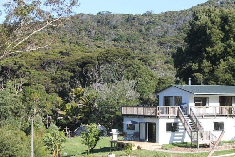 Medlands Sanctuary, holiday rental in Whangaparapara