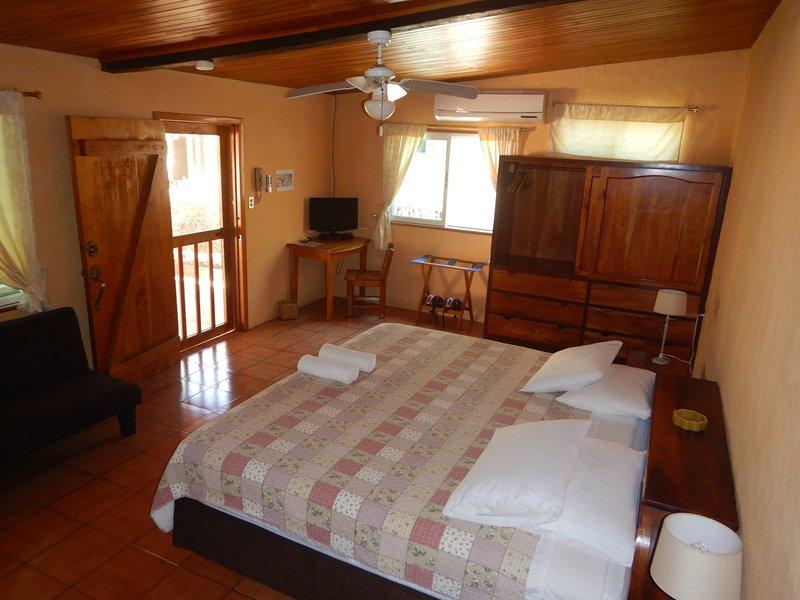 Chambre de la suite matrimoniale (les lits peuvent être séparés s'il le faut)