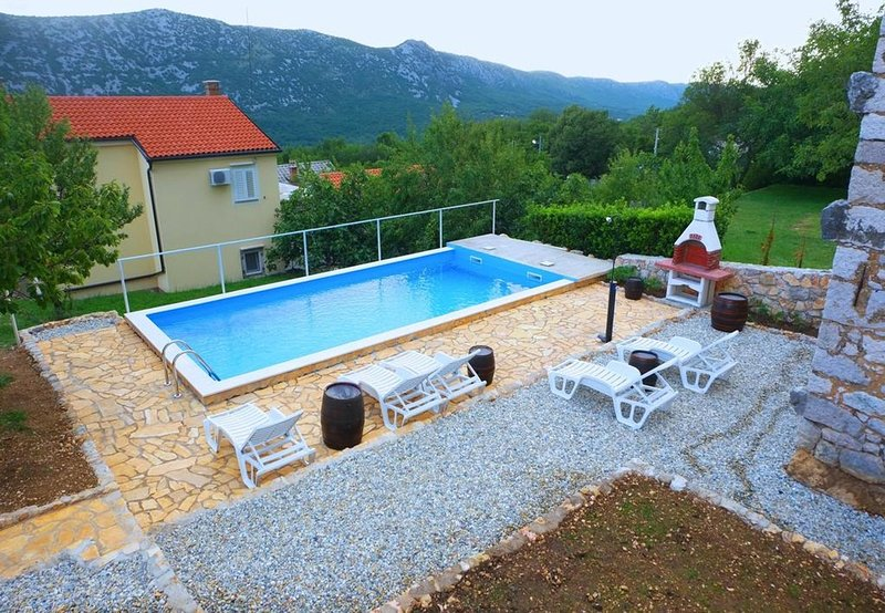 Kate - cosy place in the nature: H(5) - Grizane, holiday rental in Kamenjak