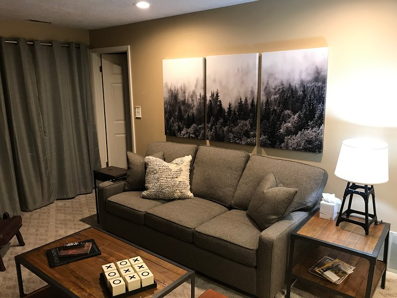 Cozy 2BR/2BA Condo-Minutes to Slopes/Downtown, vacation rental in Park City