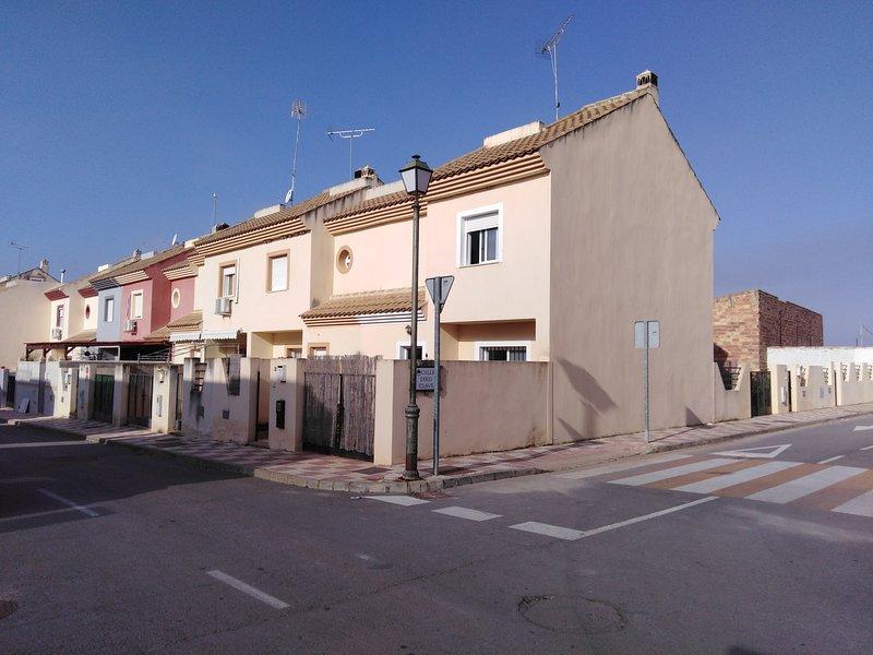Casa para descansar / The relaxing home, holiday rental in Estepa