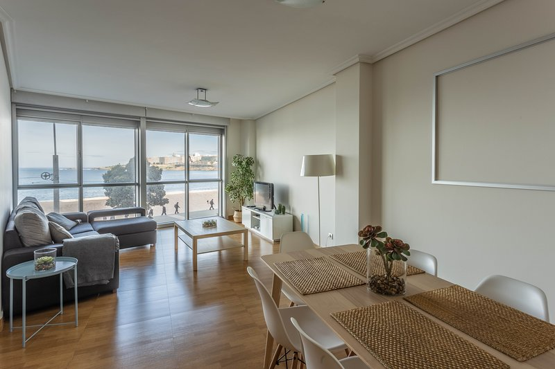 living room overlooking the riazor beach