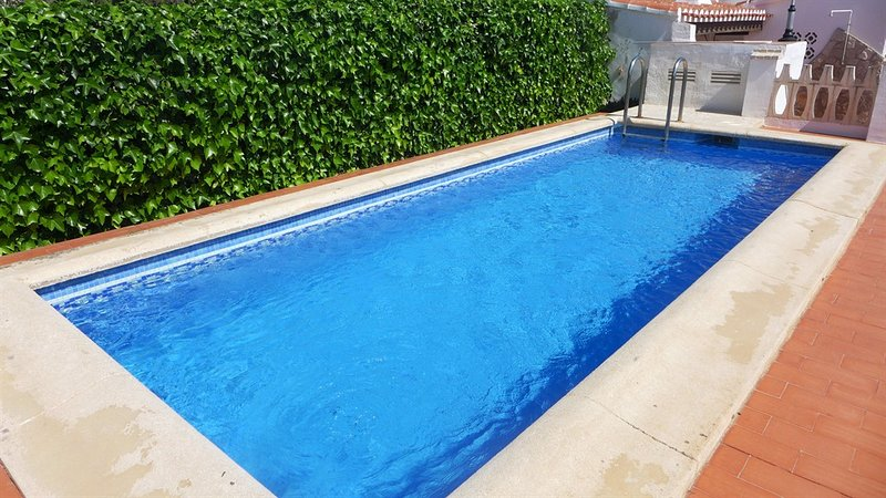 Faig Playa Burguera Terranova CH2500, holiday rental in Piles