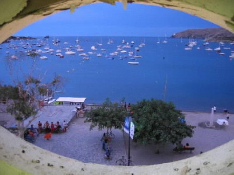 HOUSE PAIRED CENTRE CADAQUES  Sea View AIR (HUTG-001312-05), alquiler vacacional en Cadaqués