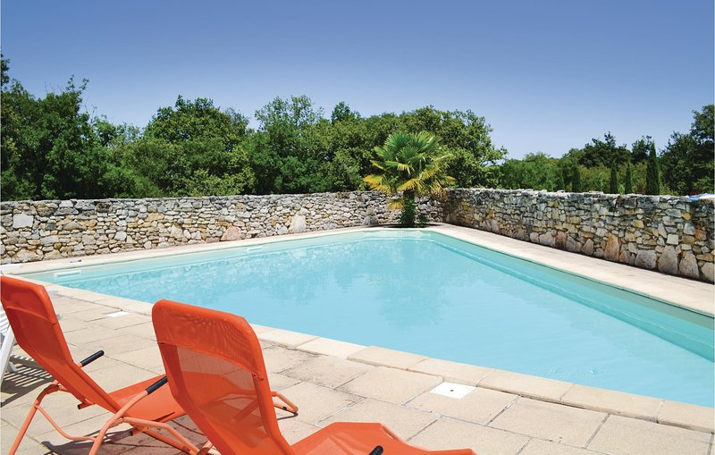 Awesome home in Padirac with Outdoor swimming pool and 2 Bedrooms (FML089), holiday rental in Carennac